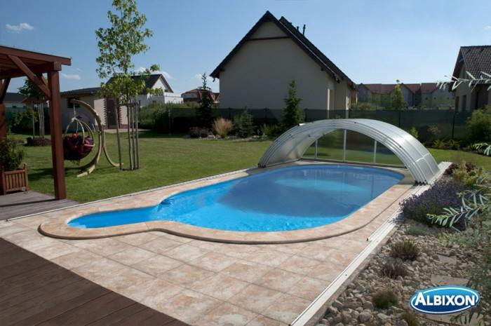 Abris de piscine en kit simple kit surlvation pour abri for Kit piscine bois pas cher
