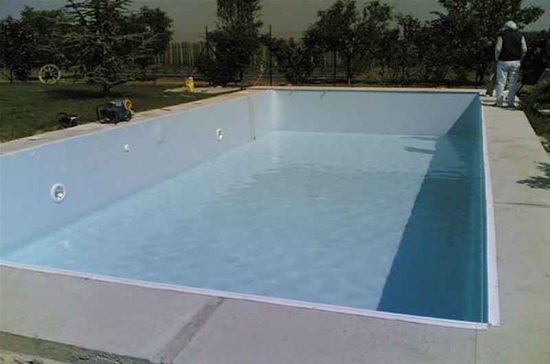 piscine bloc b ton piscine 8m x 4m avec bloc filtrat. Black Bedroom Furniture Sets. Home Design Ideas