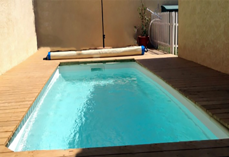 Piscine polyester RECTANGULAIRE 500