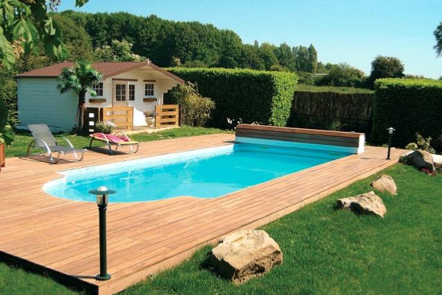 Piscine coque discount mod le deneb 7 for Modele de piscine
