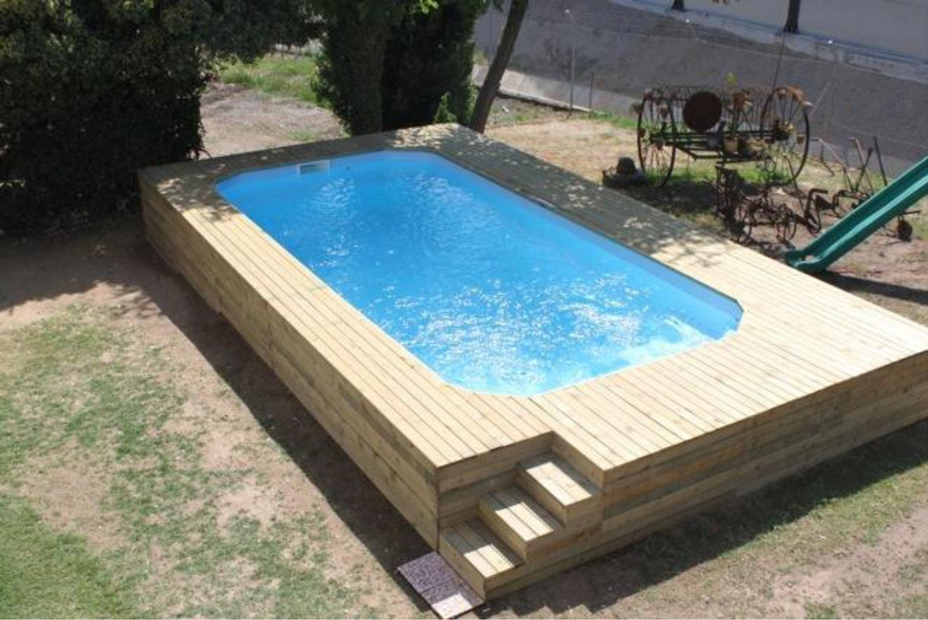 Piscine coque polyester hors sol semi et enterr e for Piscine semi rigide rectangulaire