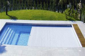 Couverture automatique immergé piscine10m x 5m