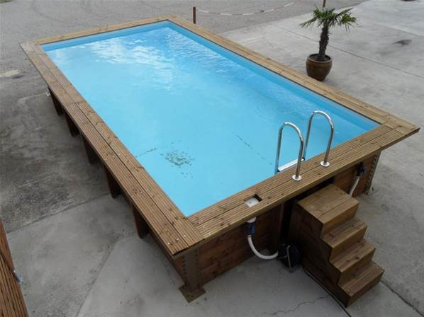 Piscine en bois hors sol rectangulaire oc anide for Piscine gonflable 3m
