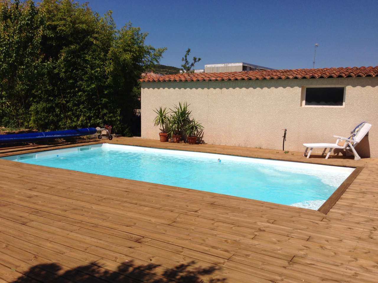 Groupe filtration piscine desjoyaux id e for Specialiste piscine
