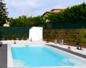 Piscine polyester RECTANGULAIRE 700